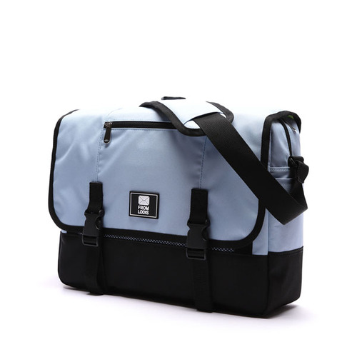 COMFORTABLE MESSENGER BAG SKYBLUE