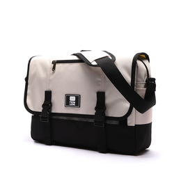 COMFORTABLE MESSENGER BAG BEIGE