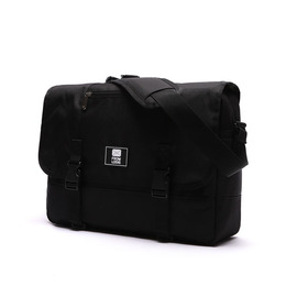 COMFORTABLE MESSENGER BAG ALL BLACK